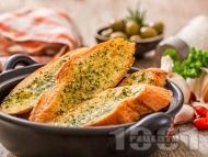 Чеснов хляб на фурна с ароматно масло